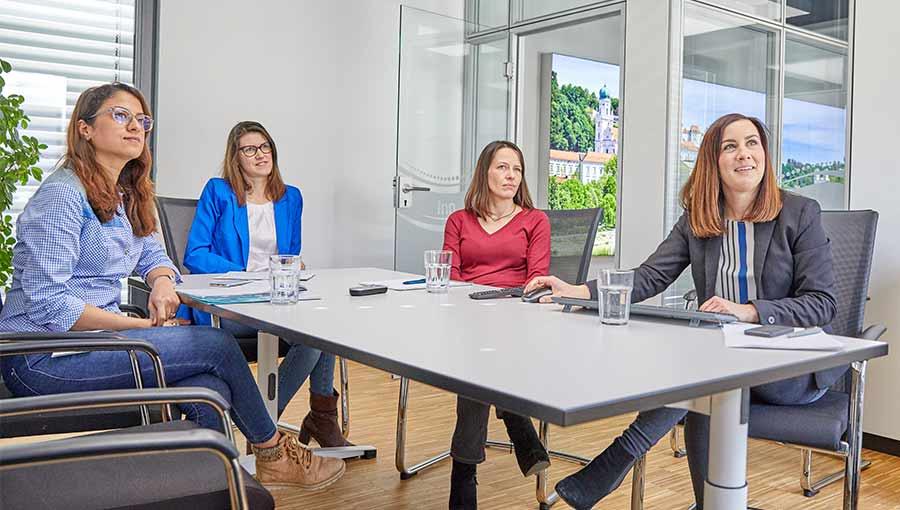 Krammer und Partner, Unternehmen, Meeting, Inn